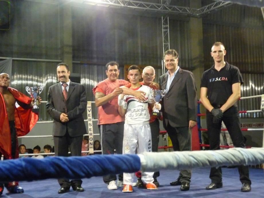 Jérôme Ardissone tient son rang sur le ring - 22862026.jpg