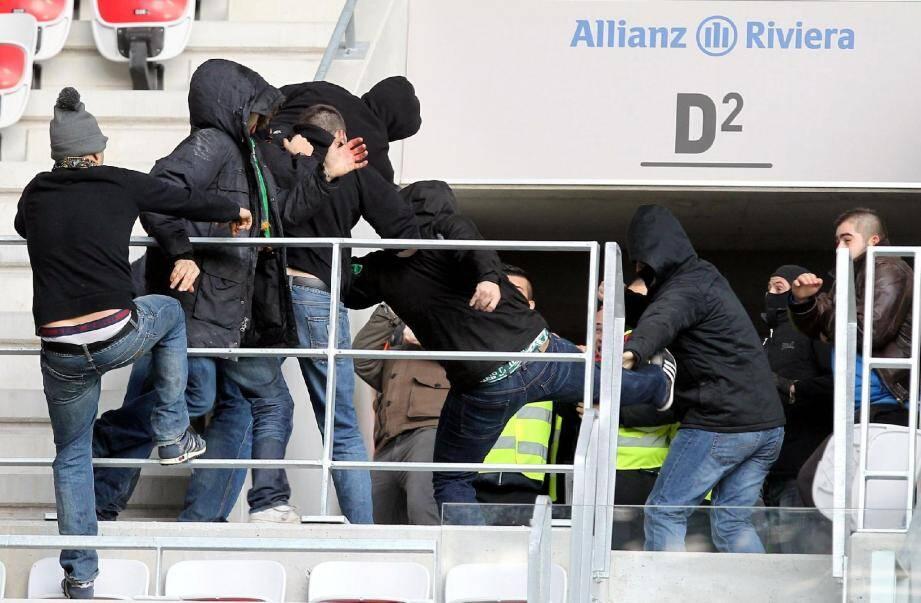 Les incidents d'un 24 novembre dernier, d'une rare violence, avaient fait huit blessés en marge d'OGC Nice - AS Saint-Etienne à l'Allianz Riviera.