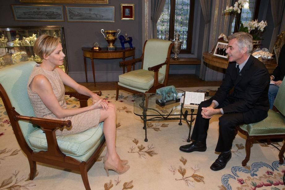 La princesse Charlène a déclaré au producteur Cyril Viguier : « Nous n'avions pas de drapeau, nous n'avions pas de nation, mais nous avions Nelson Mandela. »