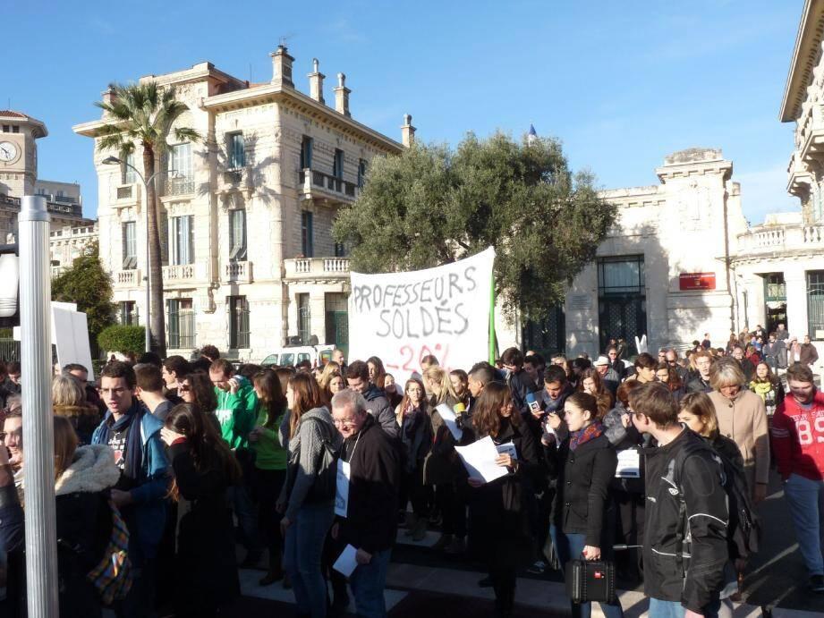Comme partout en France, les profs de prépas azuréens ont fait grève .