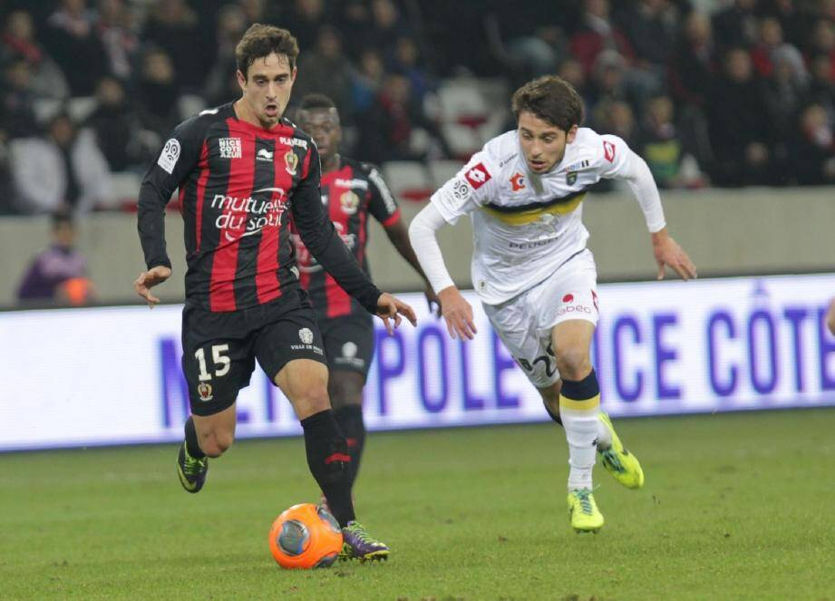 Grégoire Puel et les Niçois retrouvent Sochaux (ici, Sanjin Prcic) en Coupe de la Ligue quatre jours après leur victoire en Ligue 1. Au tour précédent, les Lionceaux ont sorti Montpellier (3-2 a.p.) à Bonal.