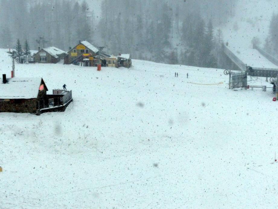 Isola a enfin revêtu ses vrais habits de neige hier.