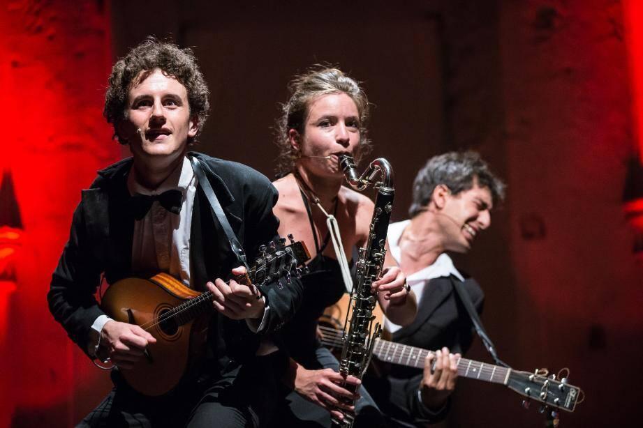 Le théâtre des Muses accueille le trio pas vraiment classique Zorozora ce soir et demain soir.