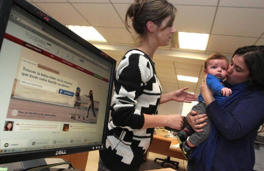Des sites spécialisés, comme yoopies.fr , recensent des baby-sitters disponibles le 31 décembre.