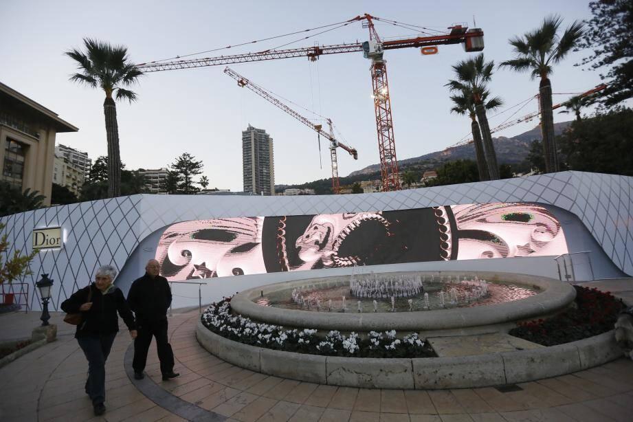 L'installation s'annonce comme une première mondiale en terme de palissade de chantier.