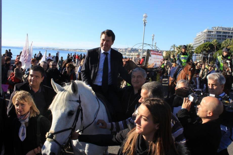 Christian Estrosi est monté sur ses grands chevaux pour crier haro sur la politique fiscale du gouvernement.