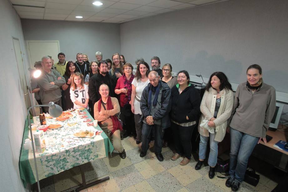 Quelques adhérents de la Moutonne réunis pour partager la galette des rois mercredi dernier. L'association lance une campagne d'adhésion.