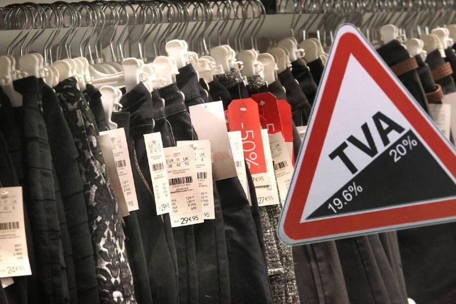 La hausse en pente douce de la TVA dans l'habillement ne doit pour l'instant pas être répercutée dans les boutiques varoises.