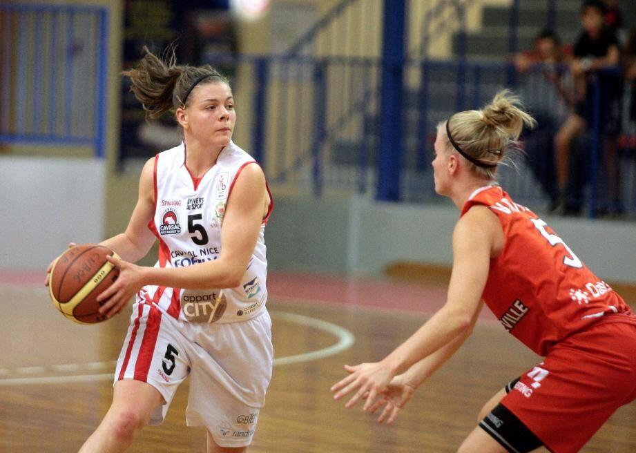 Le Cavigal Basket s'est lourdement incliné à Landes pour le compte de la 15ème journée de LFB (84-59).