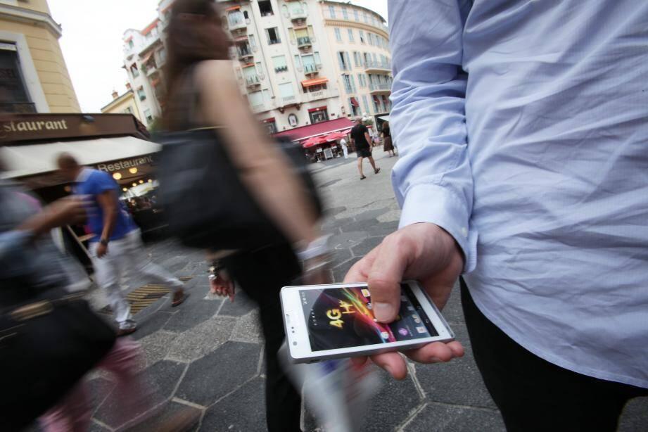 Cinq idées reçues sur… la 4G à Nice