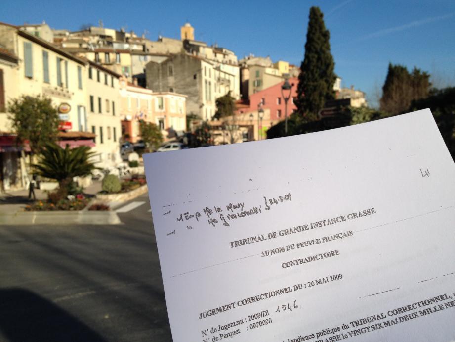 La diffusion d'un jugement concernant Gilles Renoux fait démarrer la campagne gattiéroise dans le caniveau. Le corbeau risque une lourde peine.