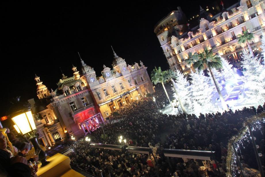 Quelques minutes avant minuit, les ballets de Monte-Carlo étaient acclamés par les spectateurs du Grimaldi forum venus assister à Casse-Noisette.