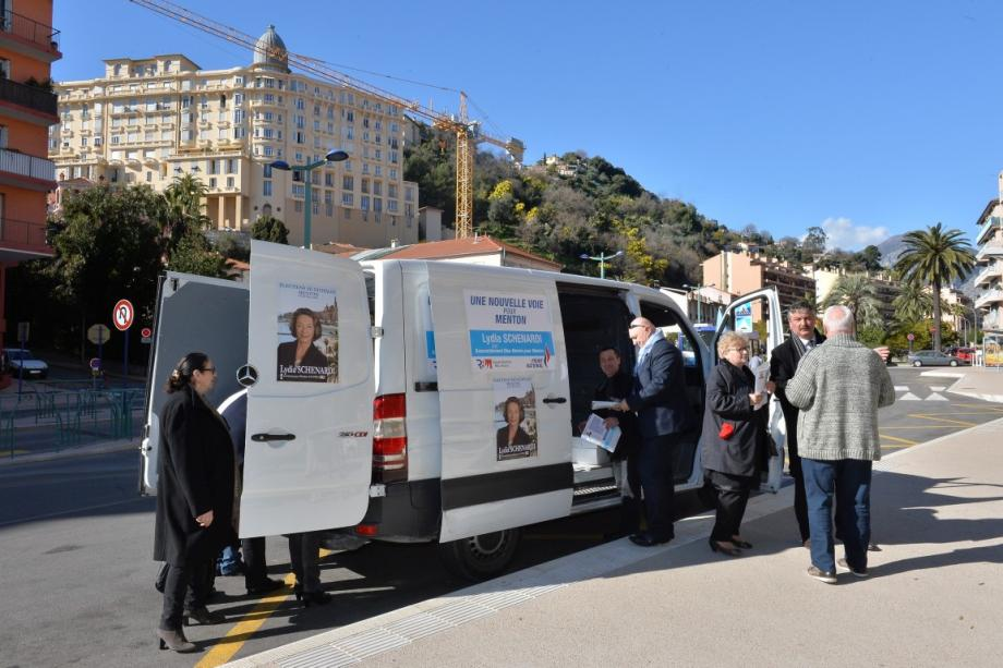 inauguration permanence mobile lydia schenardi candidate fn municipales 2014 140222