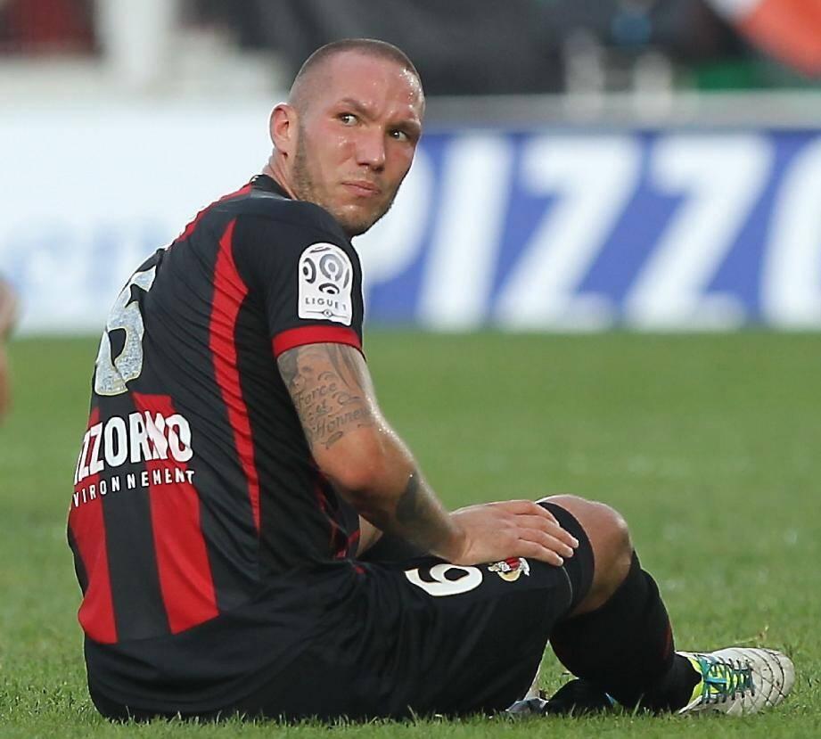 Didier Digard doit subir lundi une échographie pour déterminer la gravité de sa douleur au mollet, après avoir quitté ses partenaires après une demi-heure de jeu à Valenciennes.