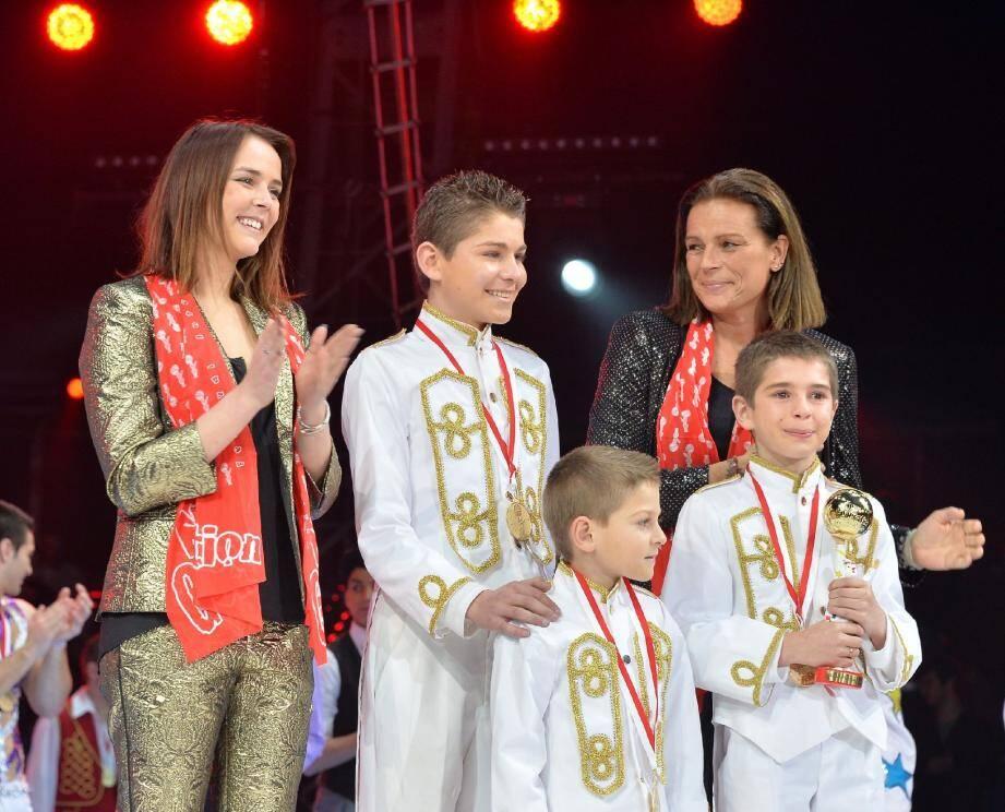 La princesse Stéphanie passe le flambeau à sa fille Pauline pour rassembler les meilleurs jeunes talents du cirque. Elles applaudissaient, hier soir, les Frères Atlas-Dias, primés Junior d'or.