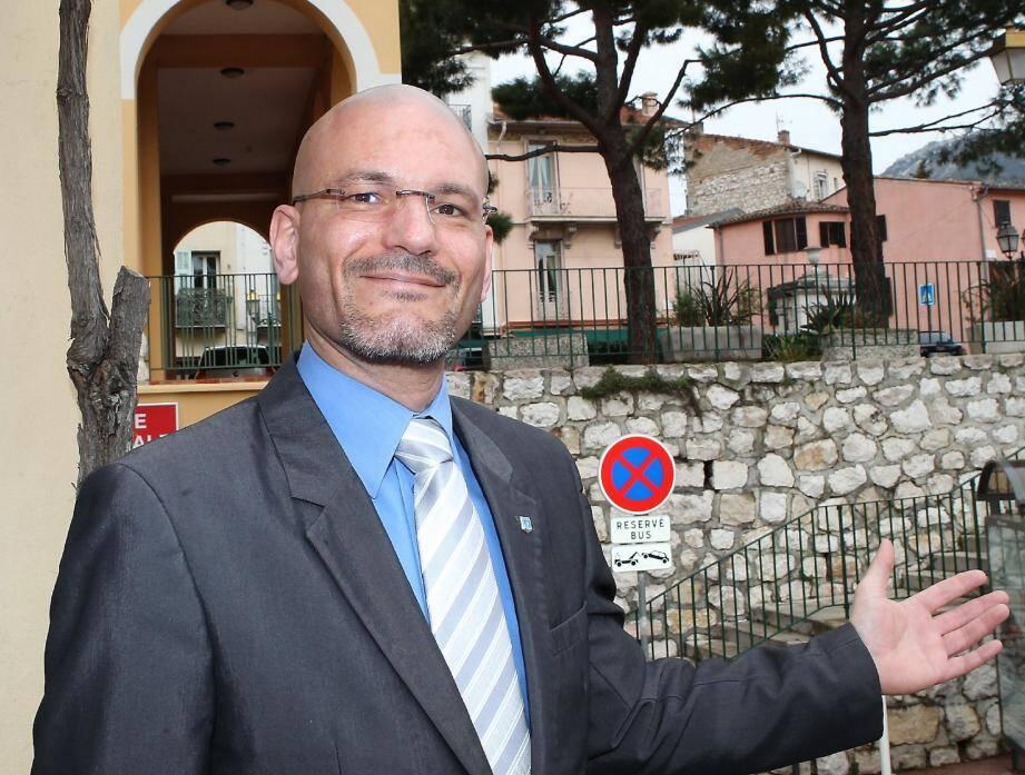 Candidat déclaré il y a un an, Patrick Launois renonce à se présenter à la mairie de La Turbie « pour ne pas disperser les voix des Turbiasques ».