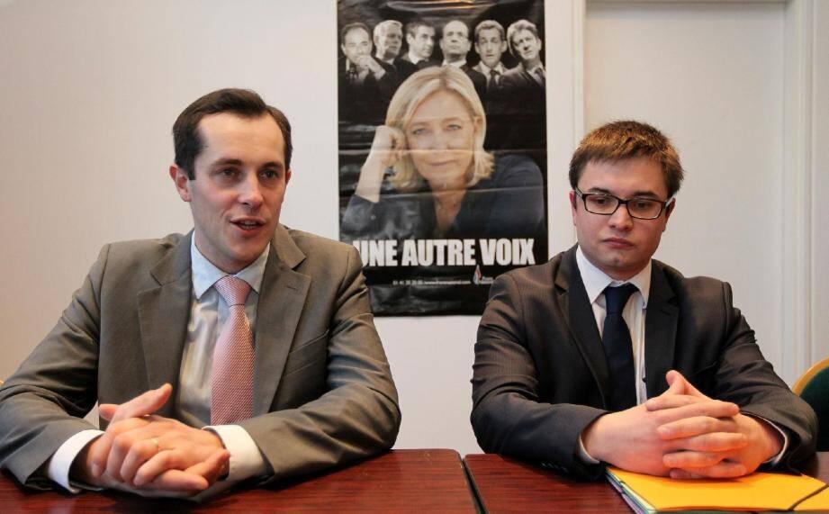 """Nicolas Bay (à gauche) et Cédric Aimasso sont à l'image du FN actuel : jeunes et très """"propres sur eux""""."""