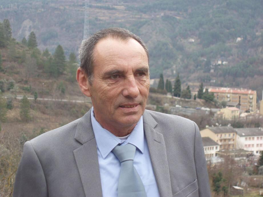 Gérard Bertrand, candidat FN-RBM à Puget-Théniers