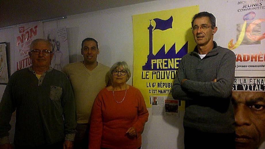 Dominique Henrot, et trois militants, Ahmed et Guy et Lucienne.