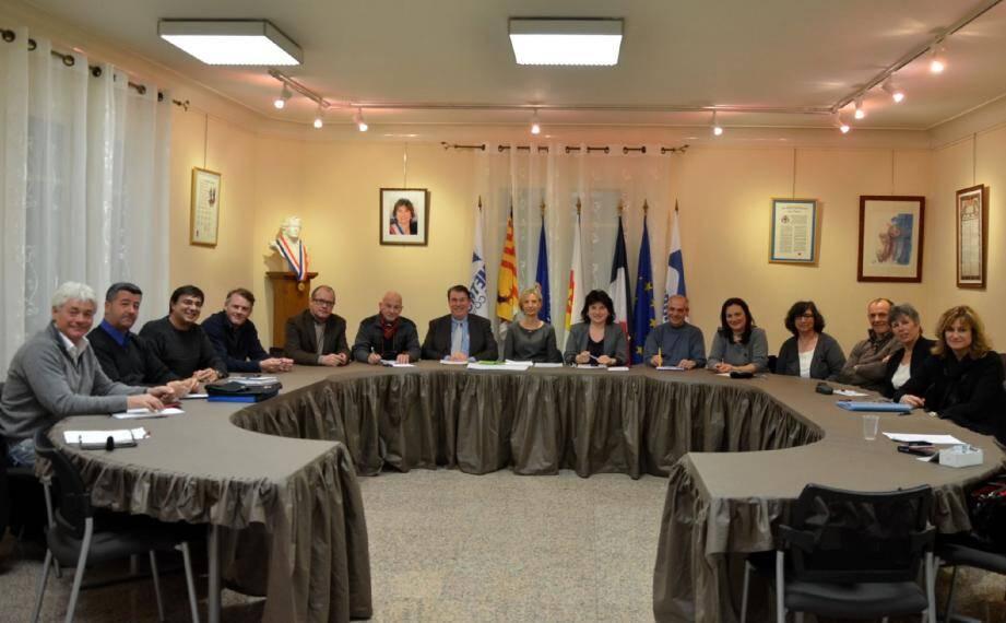 Dernier conseil municipal avant les élections.
