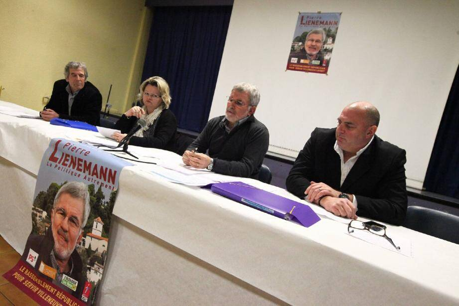 Robert Chignoli, élu PS, Patricia Landais, Pierre Lienemann, PS et Robert Labro, 3e de liste, MoDem.