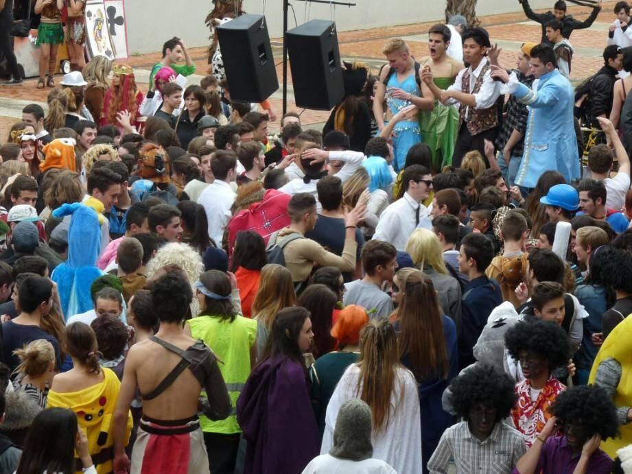 vence carnaval lycee 140221