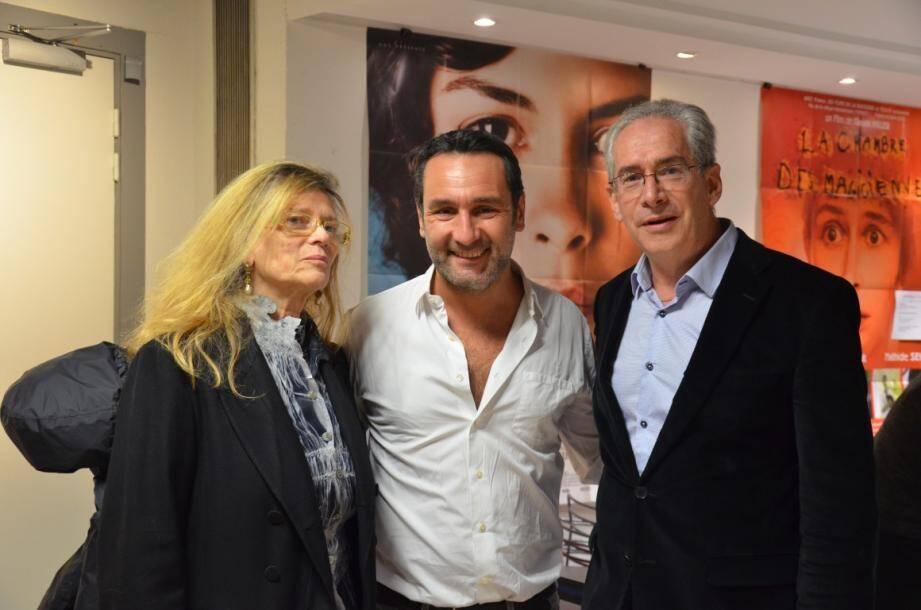 Gilles Lellouche ç Cannes jeudi soir, en compagnie d'Annie Miller et de Gérard Camy, président de Cannes Cinéma.