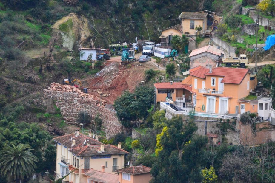 Menton mur annonciade menace maisons 140203
