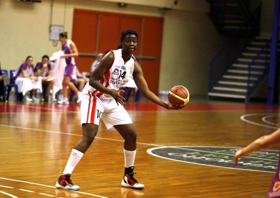 Malgré les 22 points de la jeune Christelle Diallo, le Cavigal a subi une septième défaite consécutive face à Tarbes.