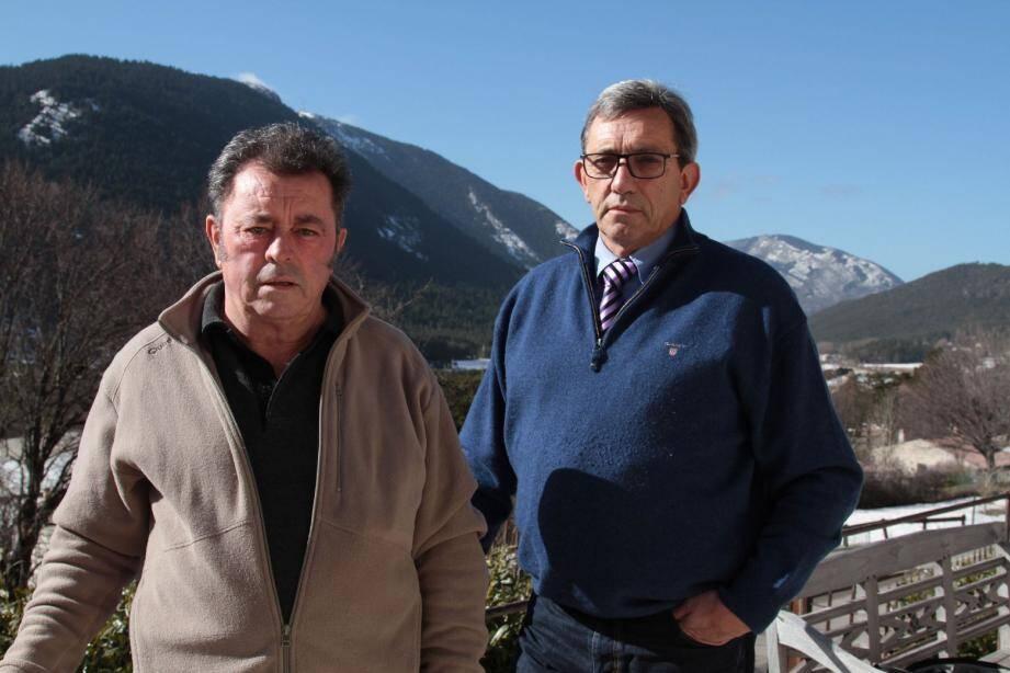 Claude Bompar à droite et Michel Charabot, de la liste Séranon autrement.