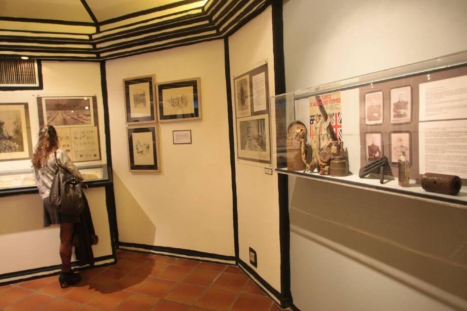 Dessins originaux, reproductions, lithographies et documents ont été réunis au Musée Peynet.