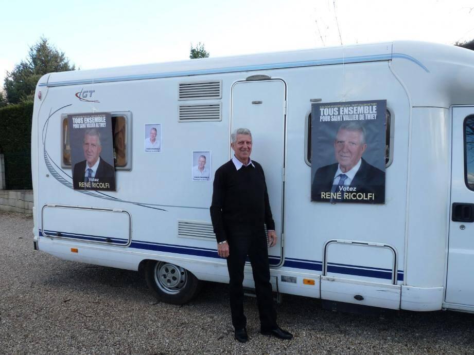 Le candidat René Ricolfi en campagne