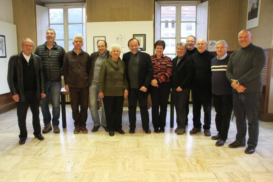 Les participants présents à ce dernier conseil municipal autour de Gaston Franco.