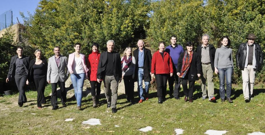Sept hommes et sept femmes, âgés de 24 à 67 ans, dont l'artiste niçois Richard Cairaschi, représentent la liste « Berre en mouvement ».