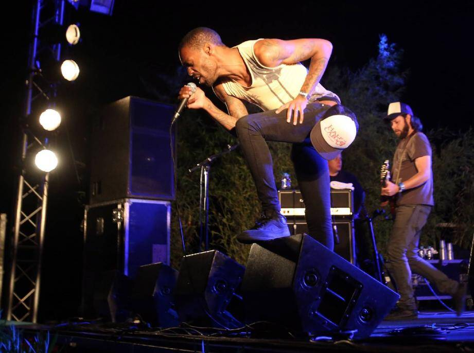 Evénément : le retour des Ecossais de Simple Minds en ouverture du festival pop-rock place d'emblée la barre très haut.