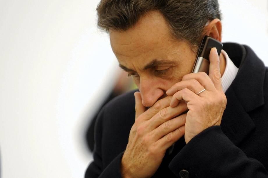 Grâce à des téléphones secrets, Nicolas Sarkozy et son avocat Me Herzog avaient rendu presque muettes les écoutes, mises en place depuis plus d'un an.