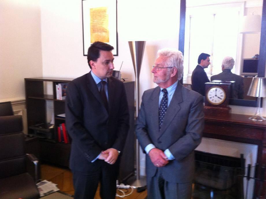 André Sommer, à droite au côté d'Alexandre Ziegler au Quai d'Orsay.