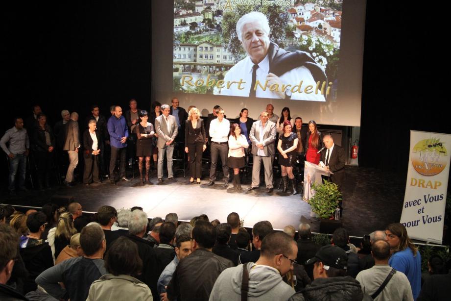 Plus de 200 spectateurs étaient présents à la réunion publique de Robert Nardelli.