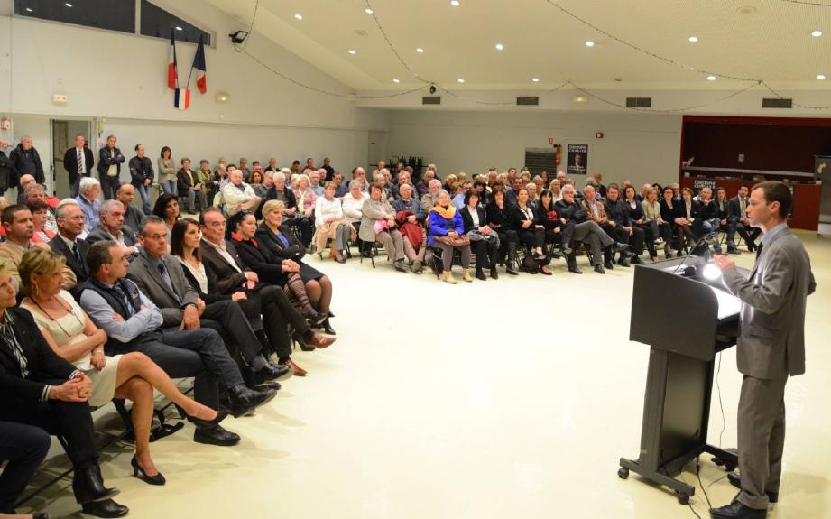 Au premier rang, venue soutenir son suppléant et « saluer son action » , Michèle Tabarot, député-maire du Cannet. Présents également Richard Galy, maire de Mougins, ainsi que des élus de Grasse et d'Auribeau-sur-Siagne.
