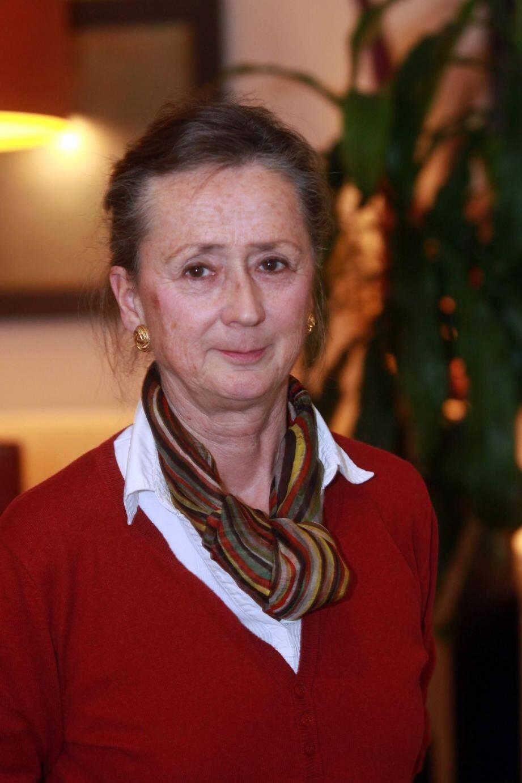 Geneviève Esquier, tête de liste, a vécu longtemps à Paris et est revenue s'installer à Toulon depuis une dizaine d'années.