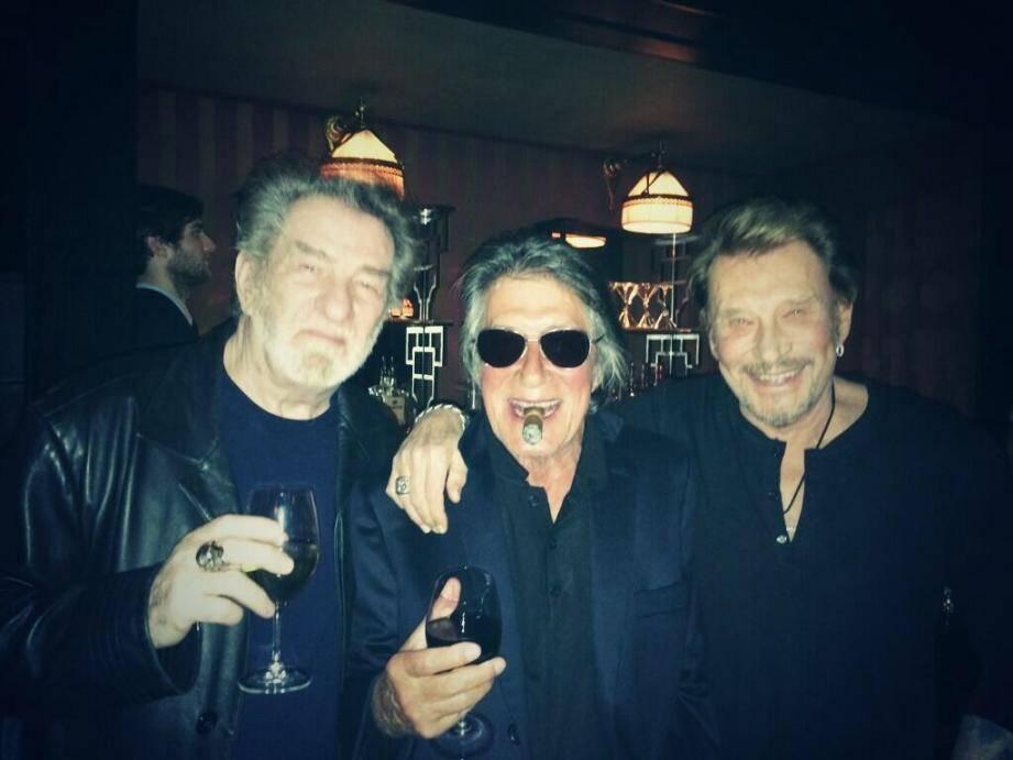 Johnny Halliday, Eddy Mitchell et Jacques Dutronc ont annoncé une série de concerts en trio.