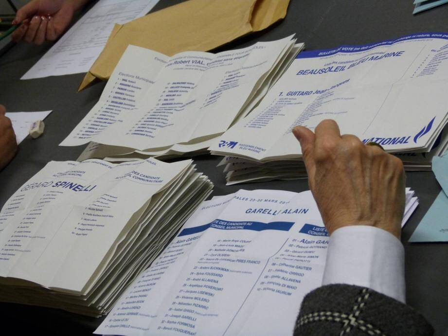 La quadrangulaire n'aura pas lieu. Les électeurs n'auront le choix qu'entre deux bulletins.