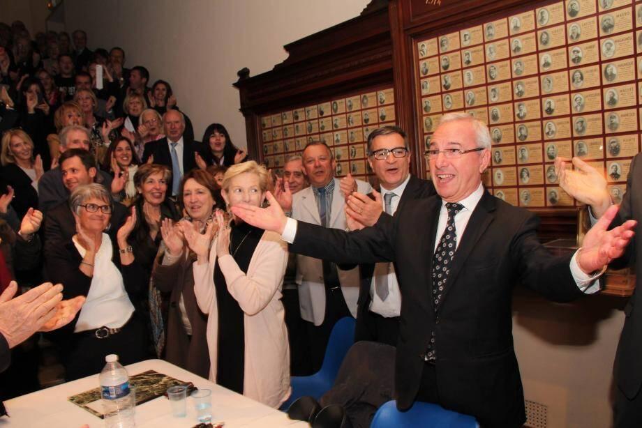 Jean Leonetti est réélu dès le premier tour.