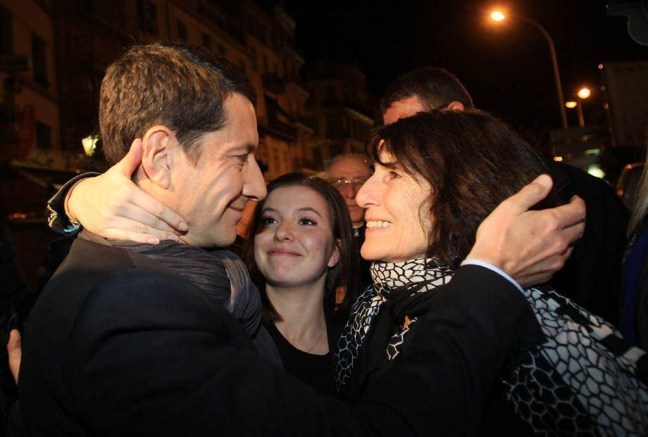 L'amour des siens. Ici avec sa mère et sa fille aînée, dimanche soir, David Lisnard est par-dessus tout un affectif.