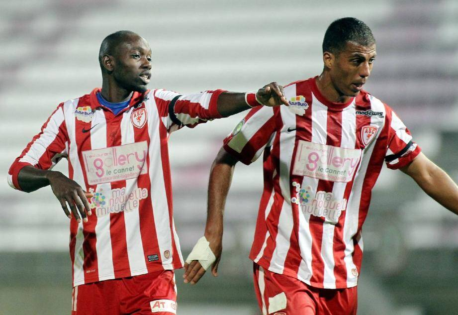 Soly (à droite), a permis aux Cannois de signer une nette victoire face à l'OGC Nice (3-0).