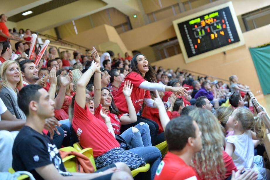 Près de 1500 personnes ont assisté au dernier match de la saison à domicile de l'ASM basket. Une performance.