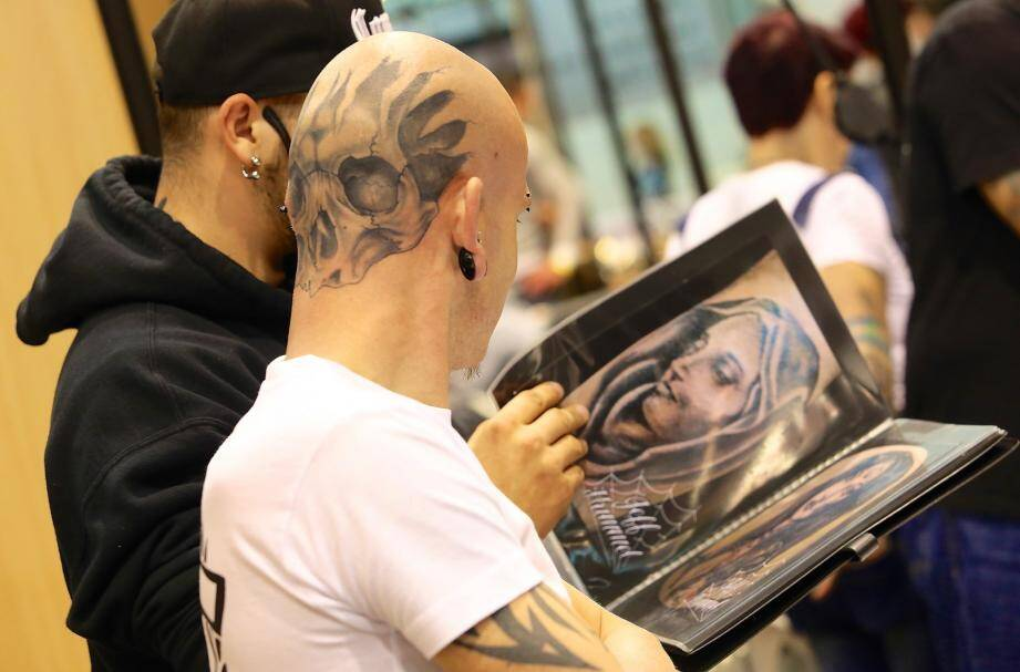 "Les studios de la Victorine accueillent jusqu'à lundi le ""Nice International Tattoo Festival""."