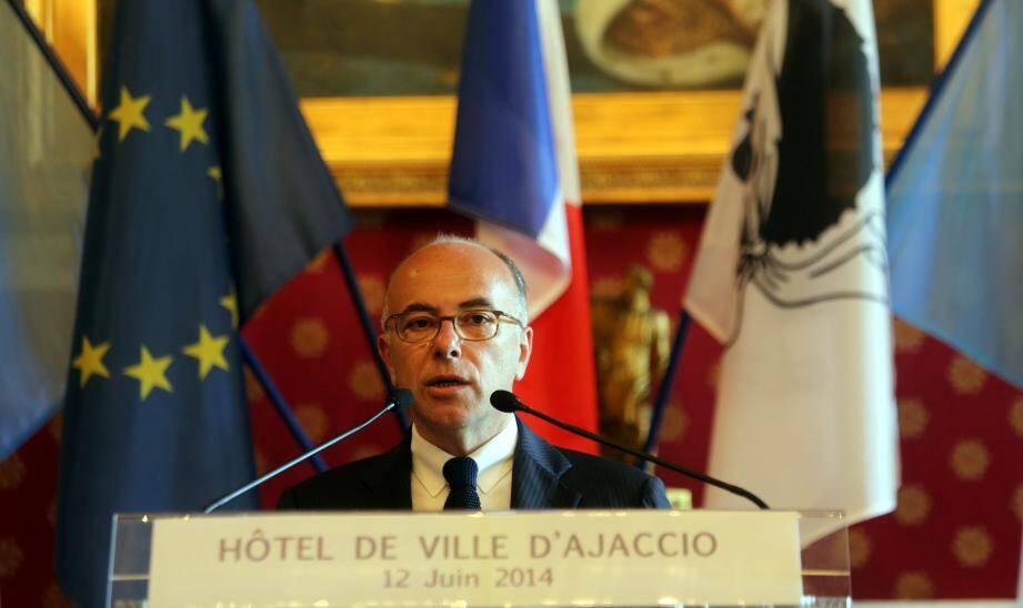 Le ministre de l'Intérieur, Bernard Cazeneuve, ce jeudi à Ajaccio.