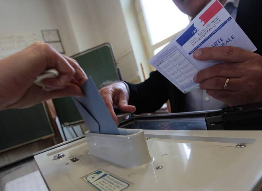 Les élections régionales et départementales auront lieu en décembre 2015.