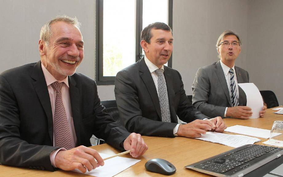 Bernard Pasquier, Jean-François Robillon et Jean-Louis Grinda sont en désaccord avec le gouvernement sur le projet de reconstruction à Fontvieille.